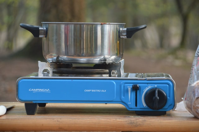 Camping stove for indoor cooking without electricity